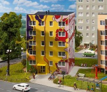 Modellbahnhaus Gebr.Faller GmbH 2014