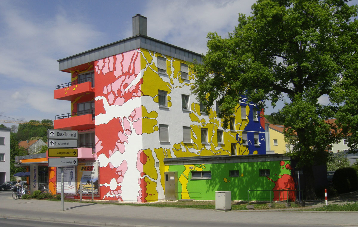 """Fassadenkunst """"Buntes Haus"""" Regensburg"""