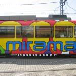 Seitenansicht mit Miramar- Schriftzug