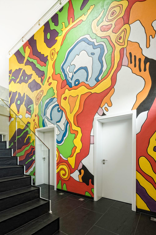 Wandbemalung Treppenhaus Designervilla Bayern